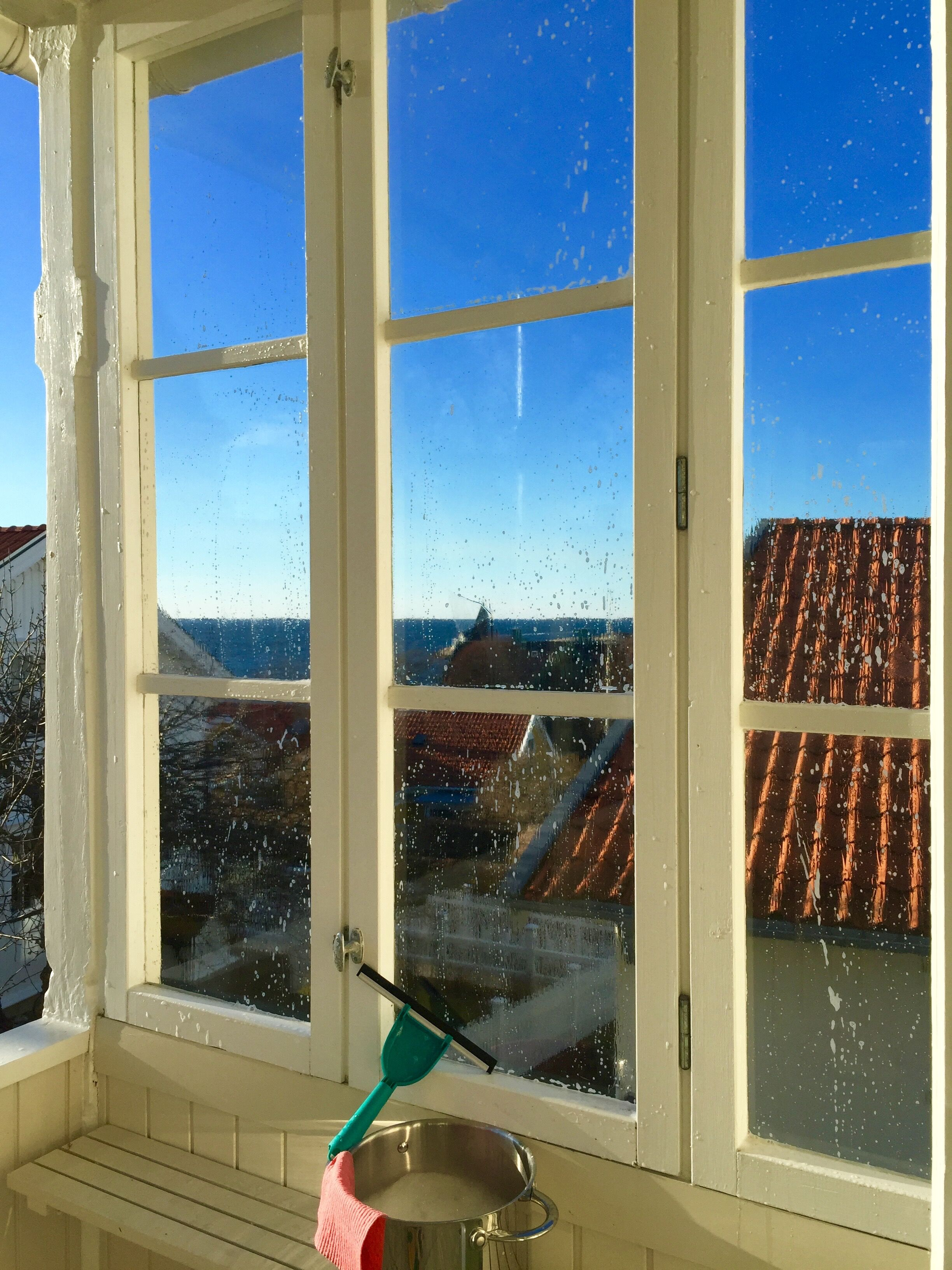 putsa fönster Monika Ahlberg