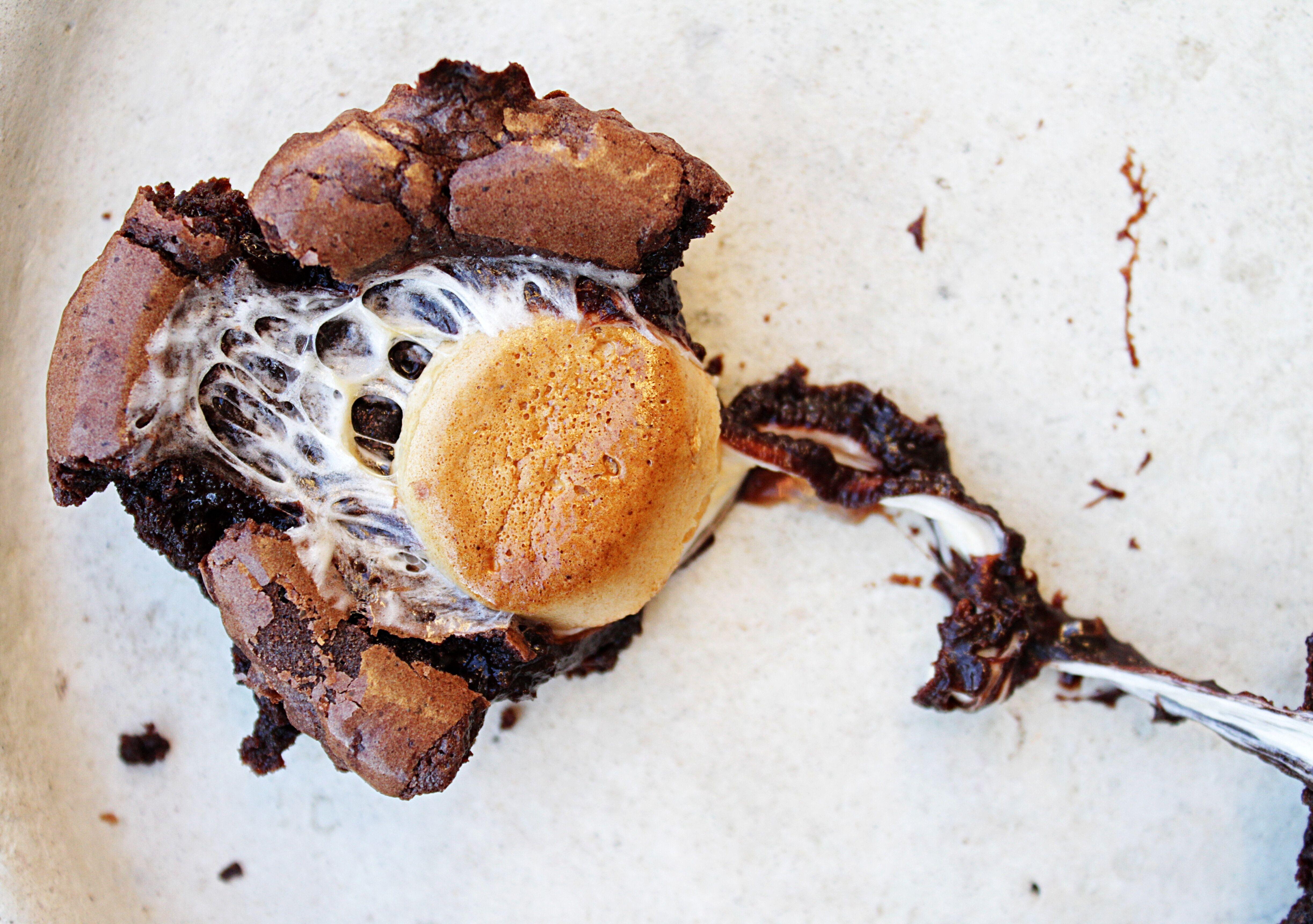 kladdkakemuffins-med-marshmallows7