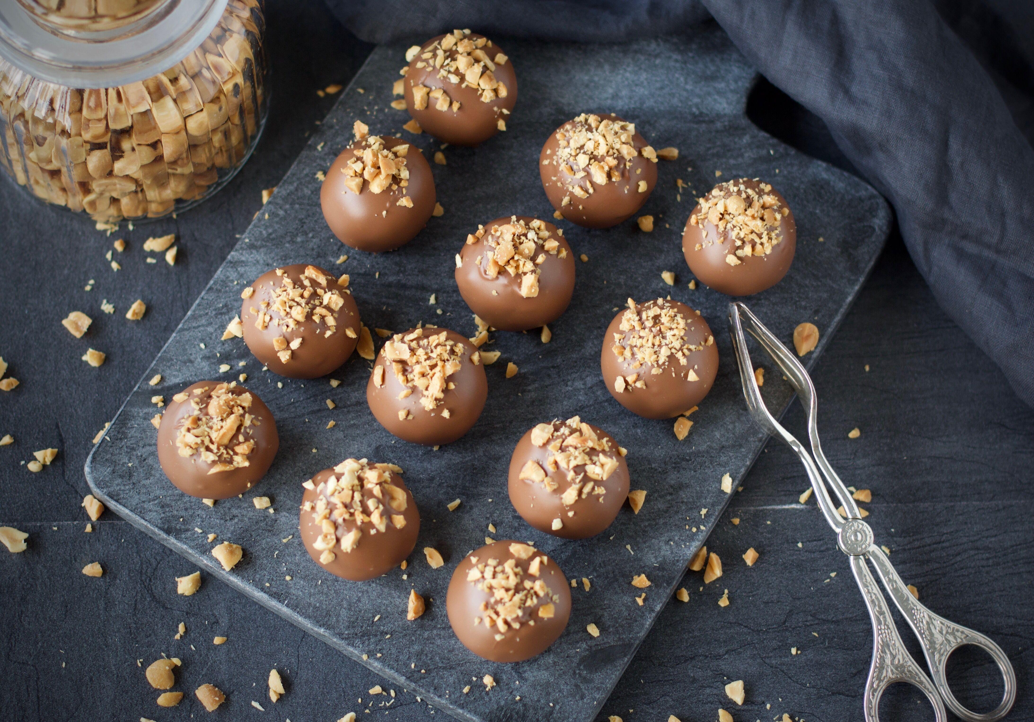 Peanutbutter cookie dough balls (Kakdegsbollar med jordnötssmör) 2
