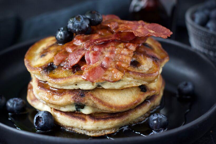 Amerikanska blåbärspannkakor 3 bacon