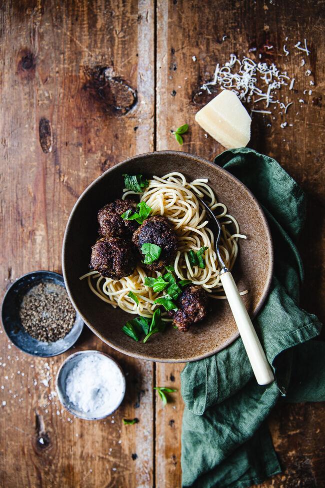 köttbullar, italienska köttbullar, saftiga köttbullar
