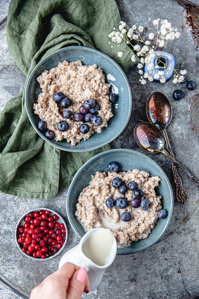 rågflingsgröt, frukost, gröt, frukostgröt, nyttig gröt, hälsosam gröt