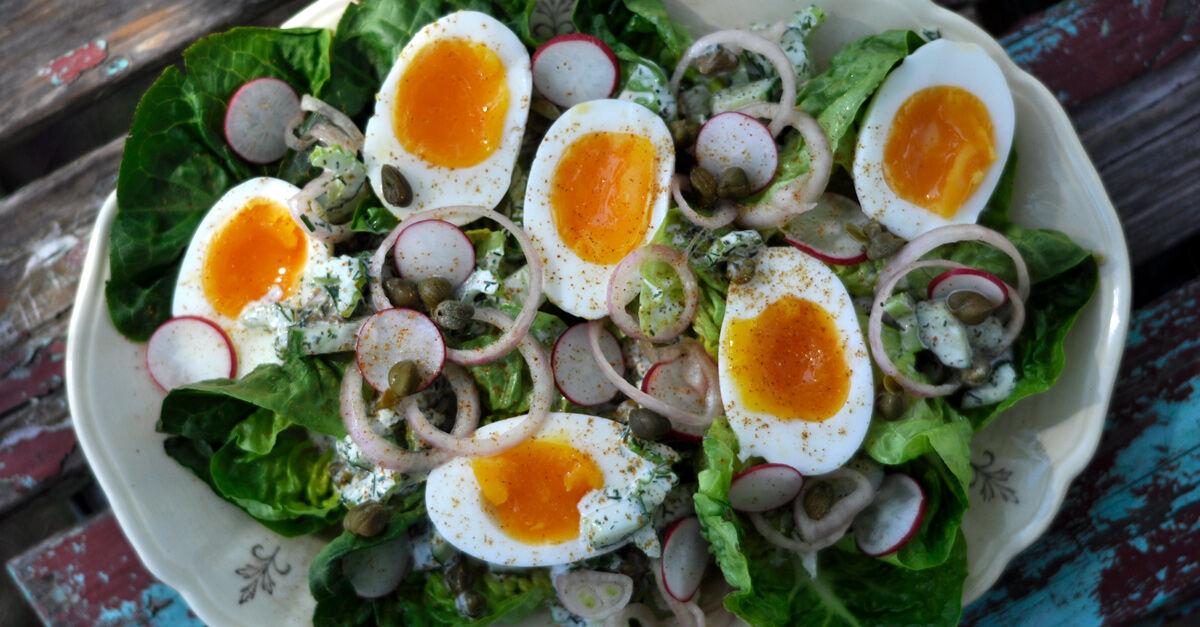 Recept på äggsallad till brunch eller lunch.