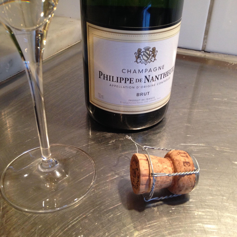 Billigaste champagnen på Systembolaget