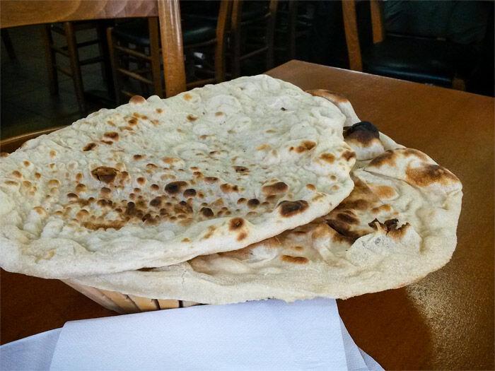Tandooribröd på Restaurang Kurdistan
