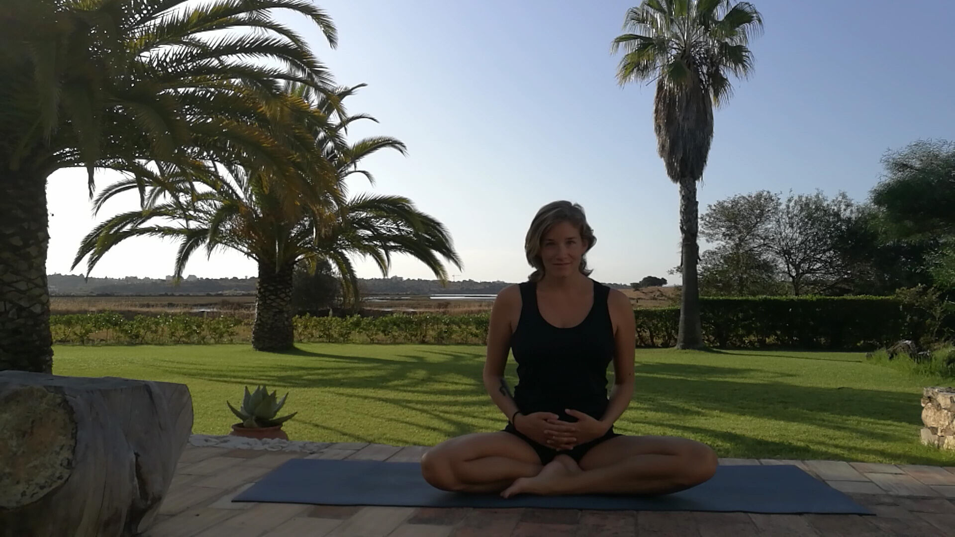motherhood-yoga-lisa