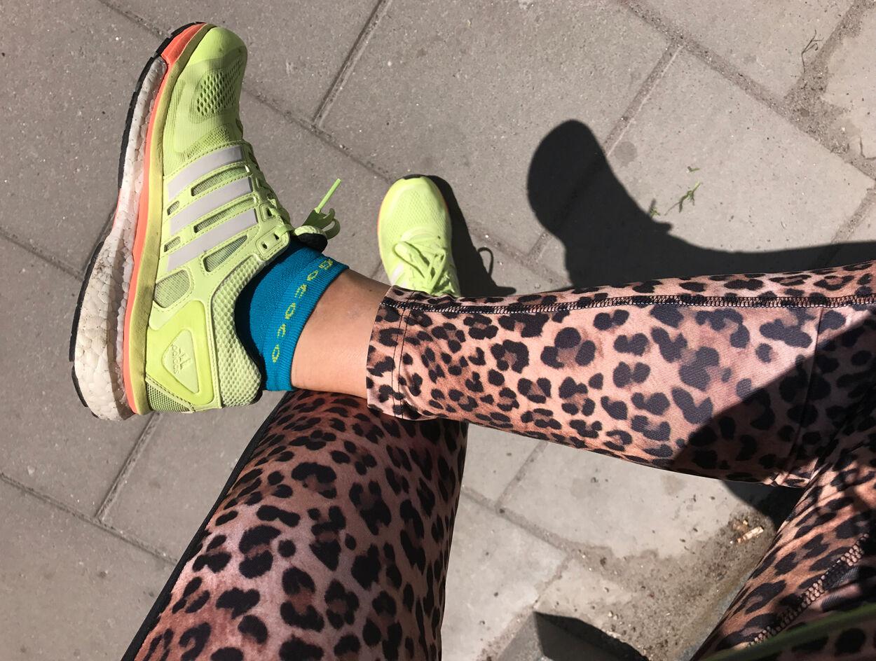 Lätt stretch efter löpningen - foten/benet höll.