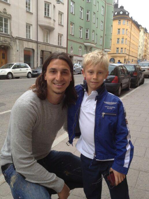 Med största Idolen, vi sprang på Zlatan på Fridhemsplan för några år sedan.