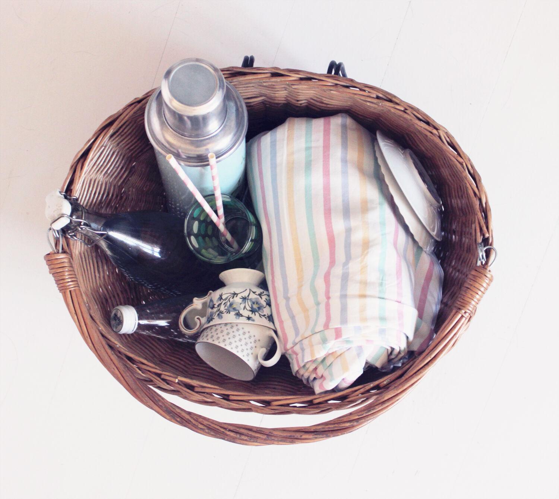 picknick picnic vintageblogg pastell emmas vintage termos randiga sugrör