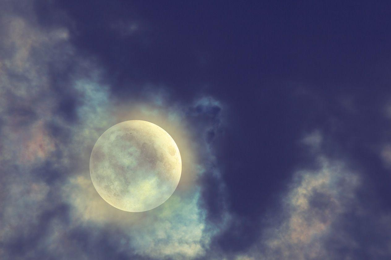 Härlig fullmåne