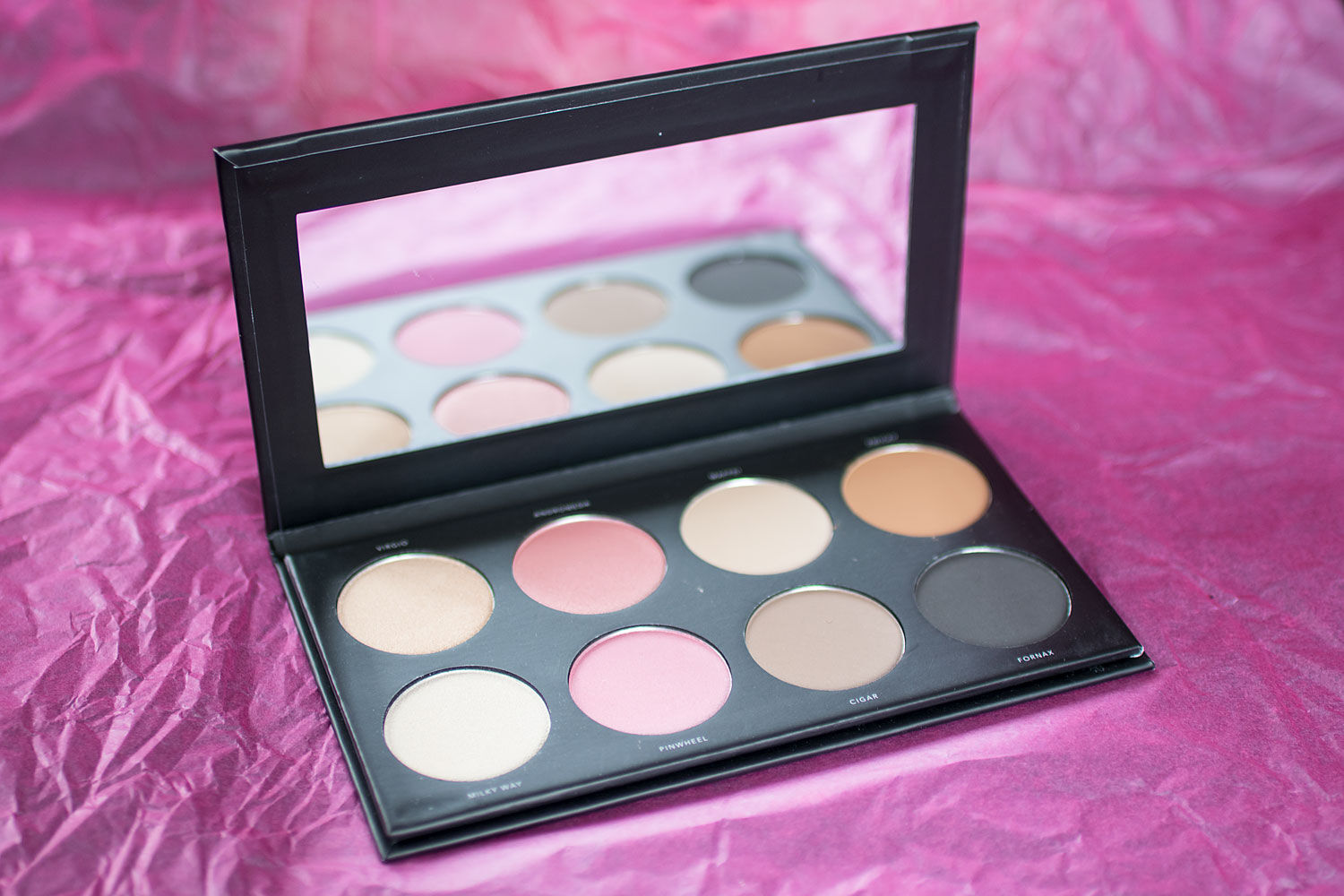 LH cosmetics infinity palette the basic kit