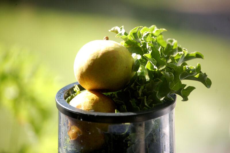 De här alldeles runda päronen är väldigt söta och saftiga och det går bara åt några stycken för att trolla bort den mindre angenäma smaken av till exempel grönkol.