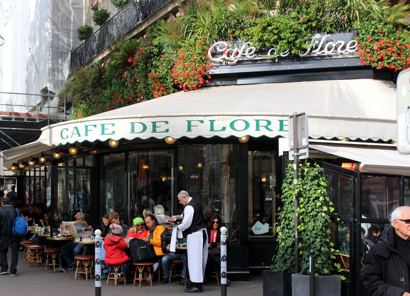 Är man i Paris måste man förstås besöka Café de Flore i Saint German, mitt favoritområde.