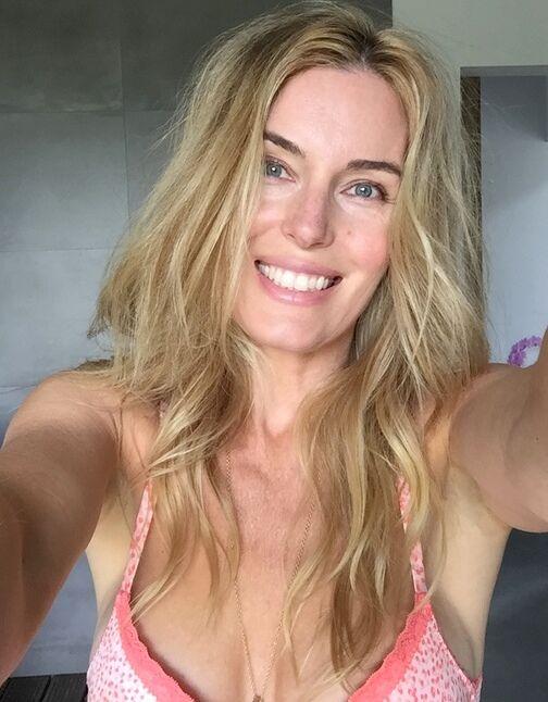 Smile! Hade mindre smink på jobbet än när jag går på gymmet. Men helt klar hellre för lite än för mycket. Så kul att jobba!