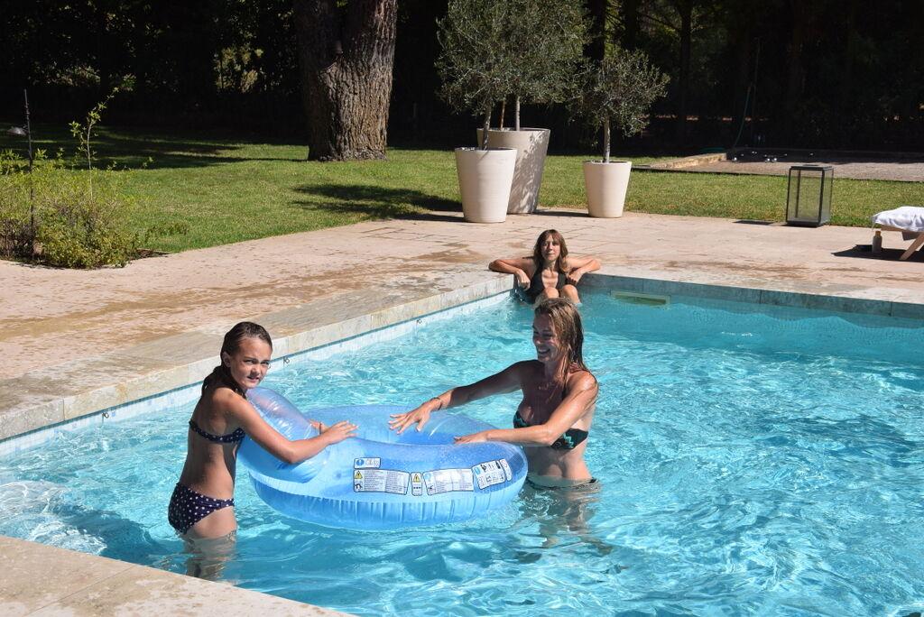 Så tacksam över min födelsedagssemester, även om jag blev slängd i poolen på självaste dagen!