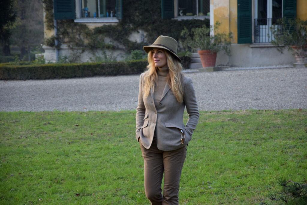 Jag var medbjuden på jakt och kände mig rätt nöjd i mina jaktinspirerade kläder.