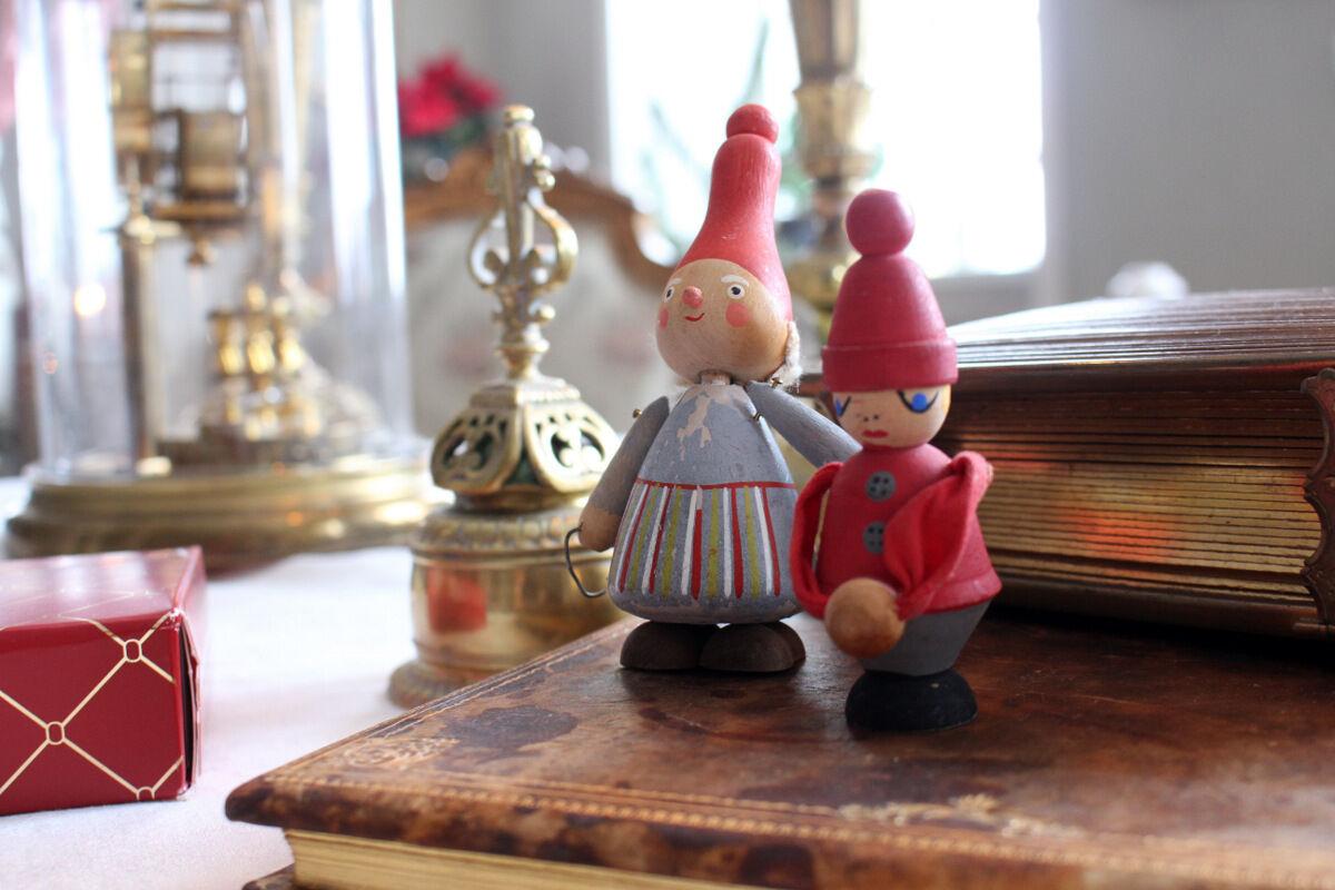 Först och främt fotade duktiga Ingalill Snitt och jag färdigt julbilderna på en herrgård i Storstockholm.