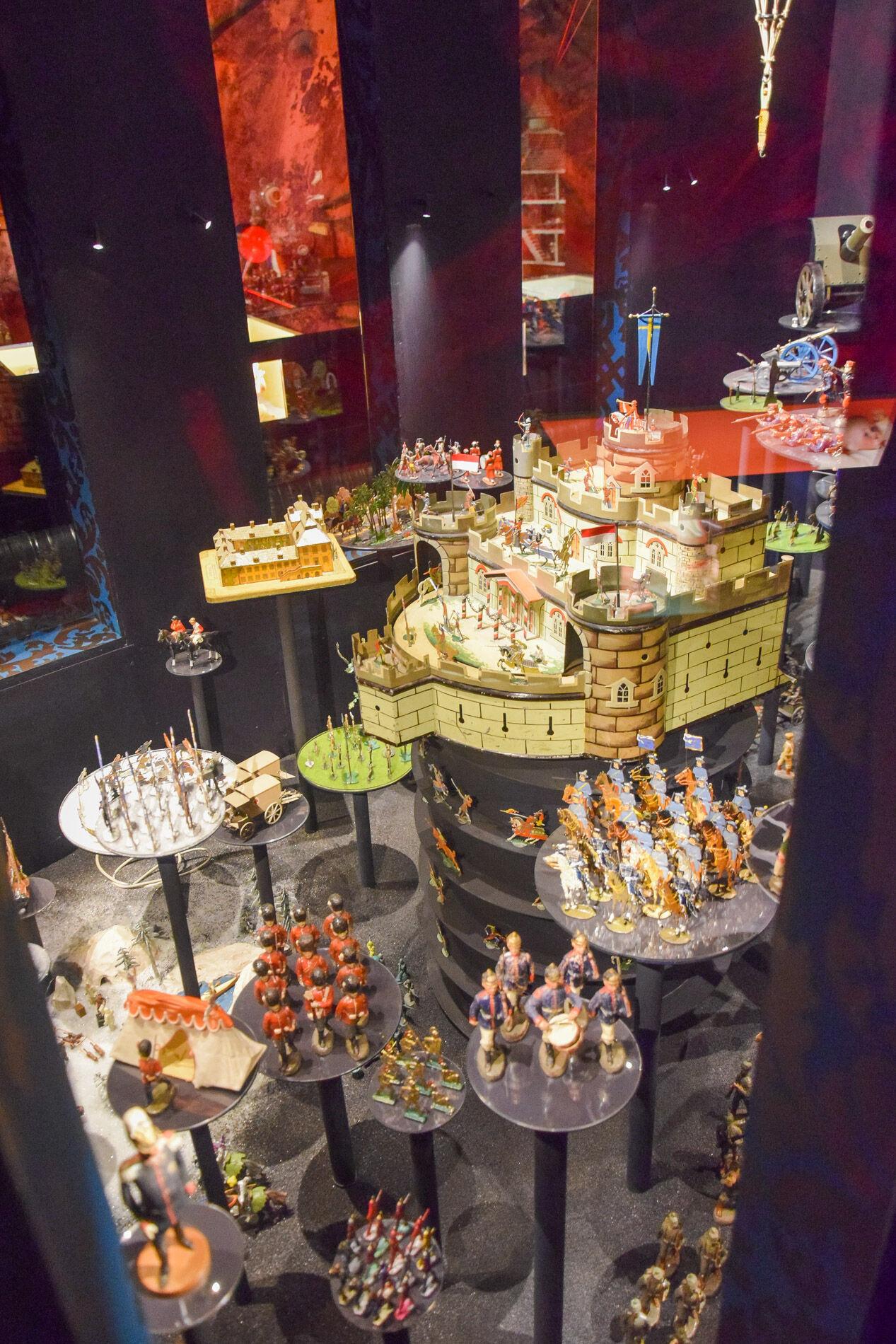 Under sex decennier har samlingen på ca 40 000 leksaker byggts upp. Så mycket att se!