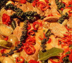 red-curry-with-porkloin-thai-aubergine-and-fresh-green-peppercorns-2065774