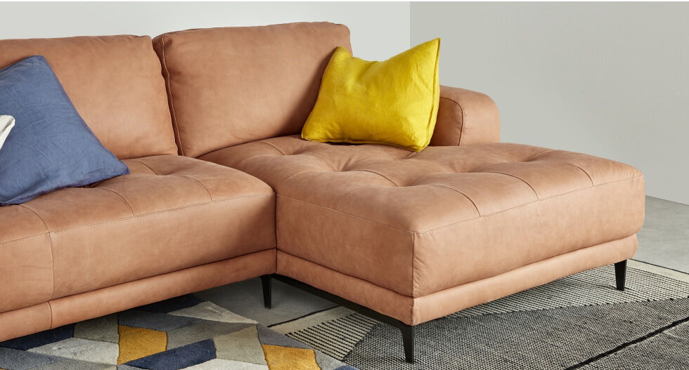 1d1dffb6e4f479b04ecd9b8ecf2e5baff37bdabb_SOFLCO006BRO_UK_Luciano_Right_Hand_Facing_Corner_Sofa_Tan_Leather_updated_LB03