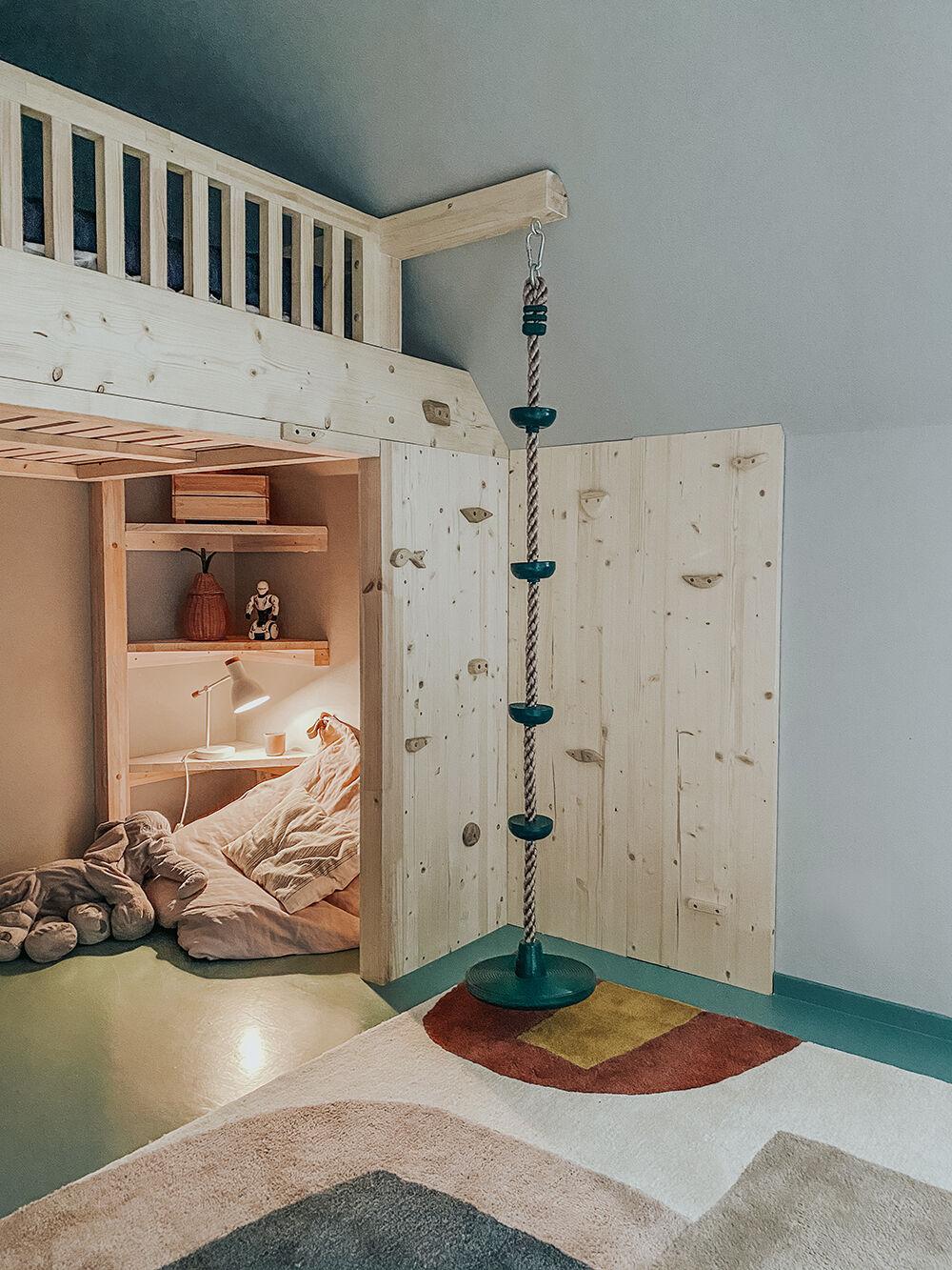 Iggys rum barnrumspinspo platsbyggd våningssäng klätterrep vanja wikström barnrum