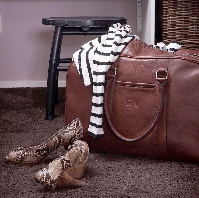 by axel väska 5