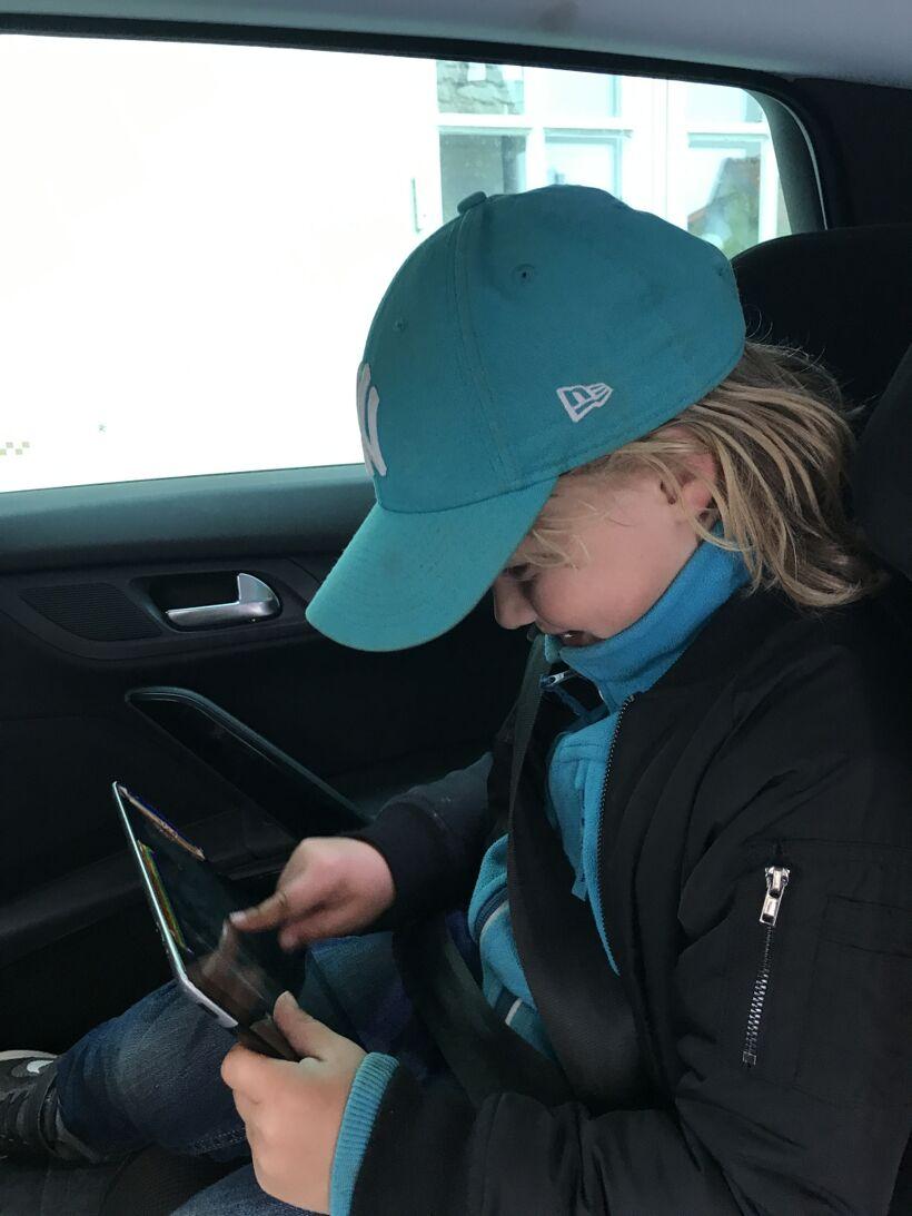 telia sense barn i bilen