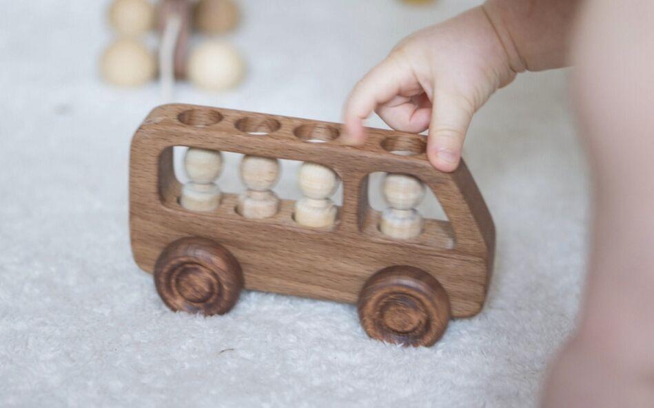 Giftfria ekologiska leksaker i trä.