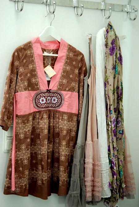 Odd Molly x-stich tunika och underklänningar & scarfs i sensommar/höstfärger.