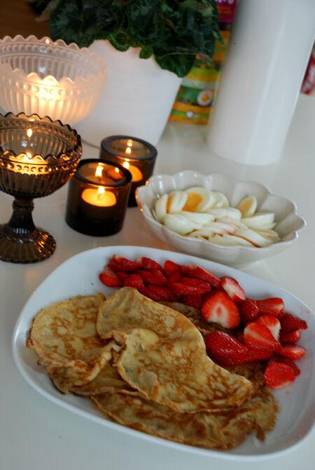 Söndagsfrukost och nya Iittala skålar + ljuslyktor