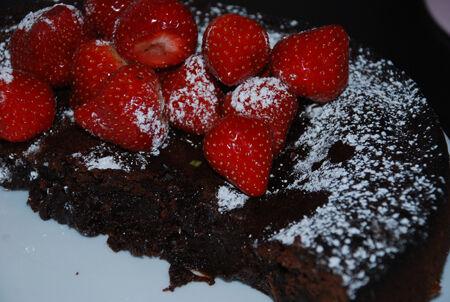 Mudcake med färska jordgubbar
