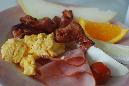 LCHF, står mig både längre och mår bättre med en sådan frukost i magen!