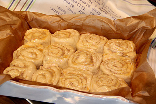 sticky_buns_cream_cheese_icing