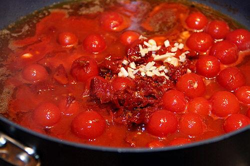 tomatsås_soltorkade_tomater
