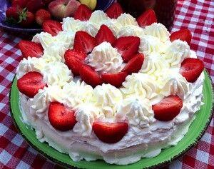 sommartårta_jordgubbstårta