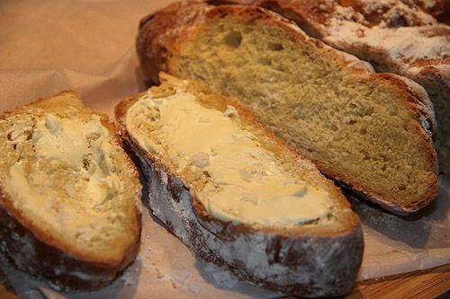 nybakat_bröd