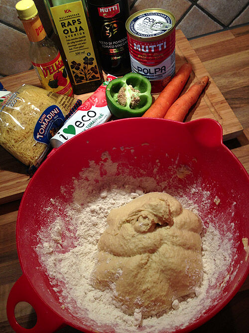 tomatsoppa_pasta_bröd