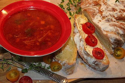 tomatsoppa_pasta_tunna_spagetti