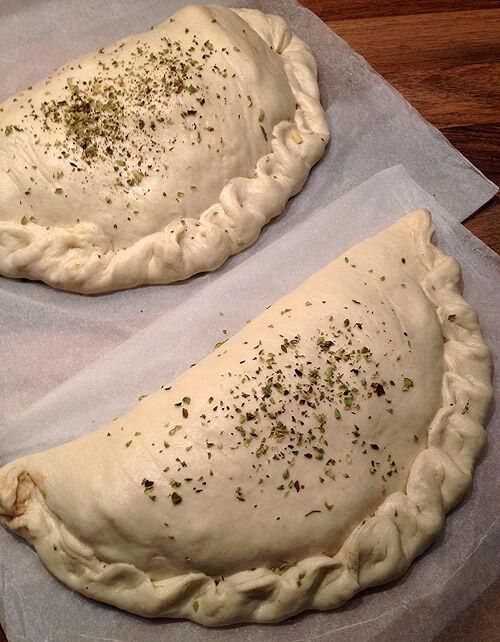 pizza_calzone_hembakad_hemmagjord