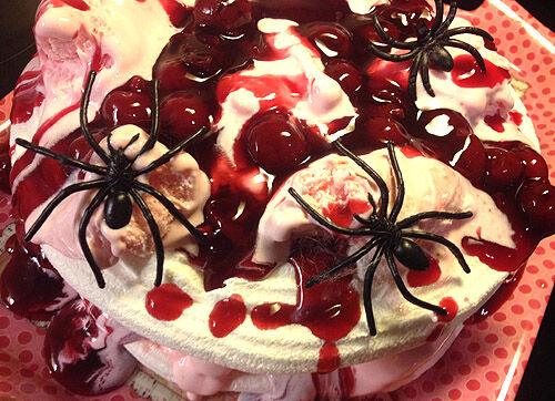 spindlar_halloween_tårta
