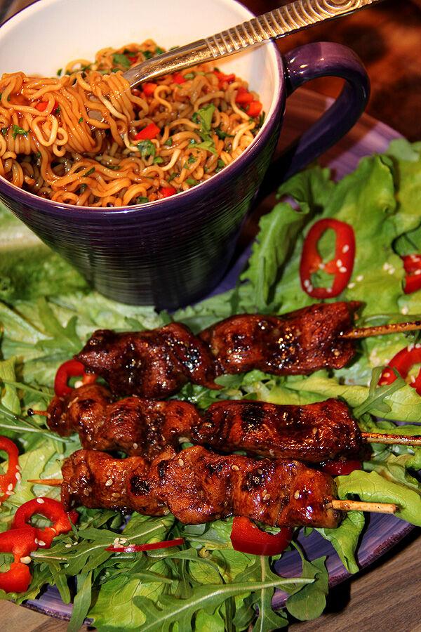 nudlar_kyckling_asiatisk_recept_kycklingspett