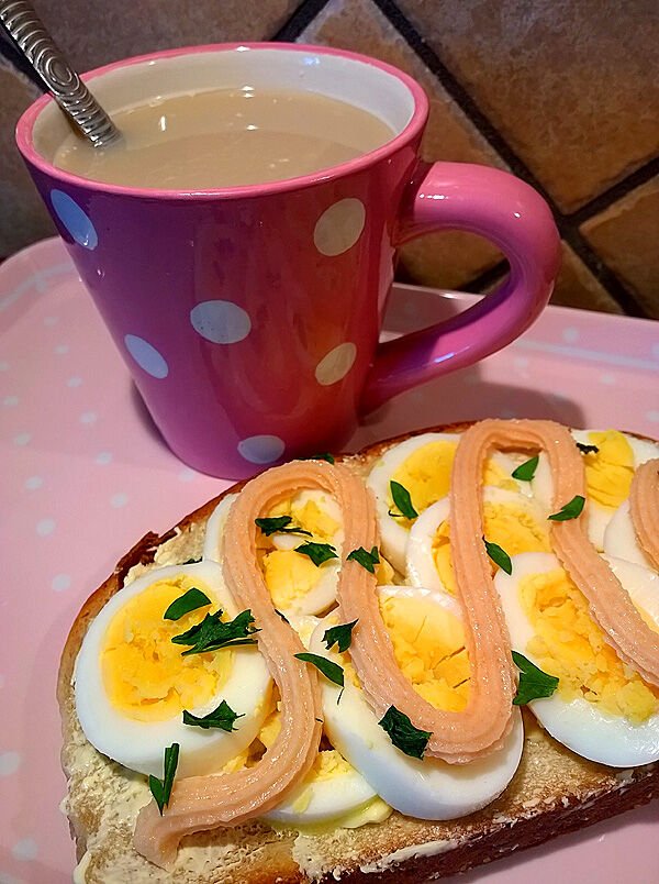 äggmacka_ägg_kaviar_frukost