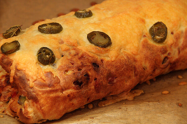 äggrulle_pannkasrulle_lchf_äg_bacon_chili_cheese_fyllning_rulle_matlådor_lunch_nyttigt_recept