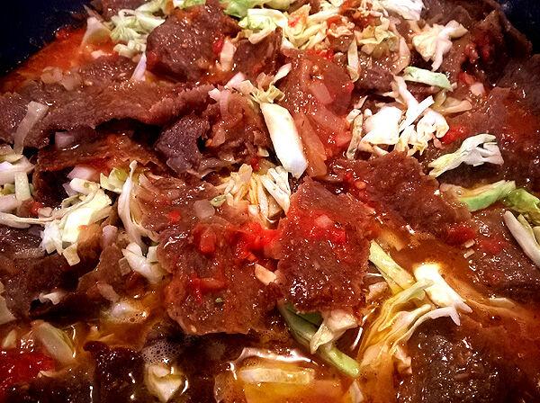 kebabgryta_vitkål_tomatsås_kebabkött_ris_gryta_recept_middagstips_fredagsmat