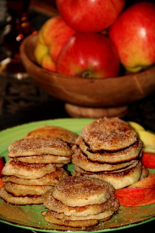 krabbelurer_äpple_skrabbelucker_plättar_mellanmål_äppelmos_recept