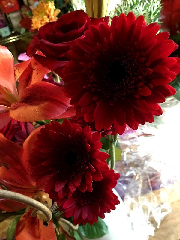 kryddburken_fodelsedag_blommor_bukett_tarta_smorgastarta_olandstarta_sockerkringlor_ljuslycktor_fira_fest_kalas