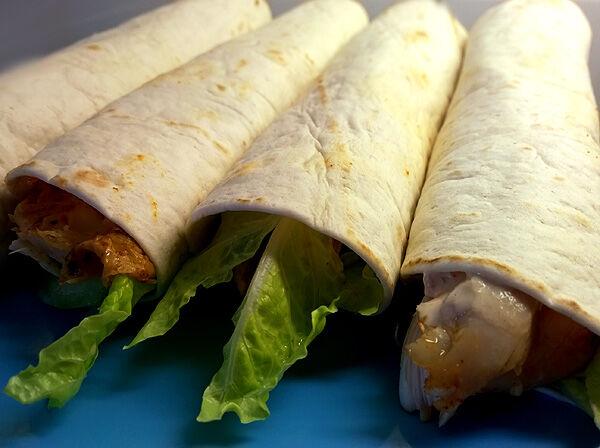 kycklingrulle_kyckling_kycklingwraps_tortilla_dressing_grilladkyckling_recept