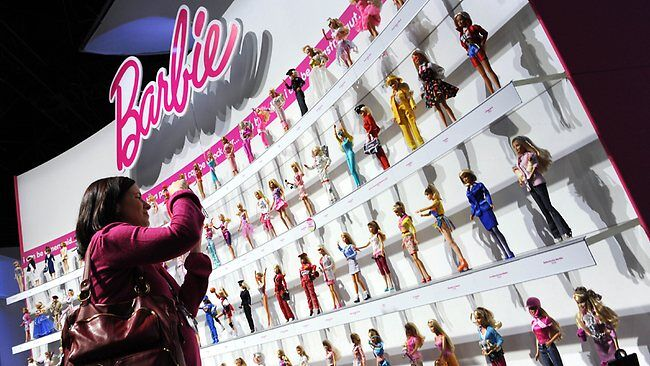 419834-130114-barbie-dolls