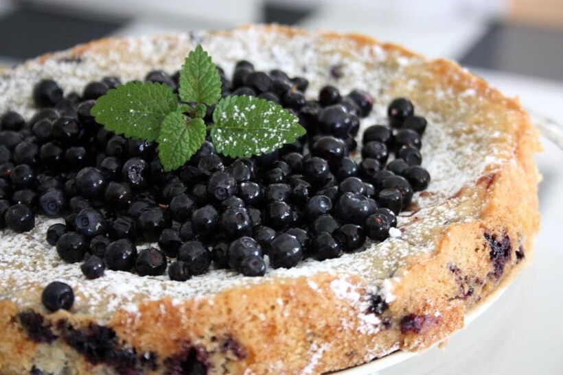 mandelmassa blåbärskaka recepten