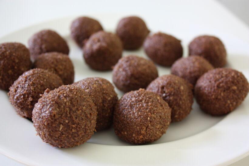 Rulla chokladbollar